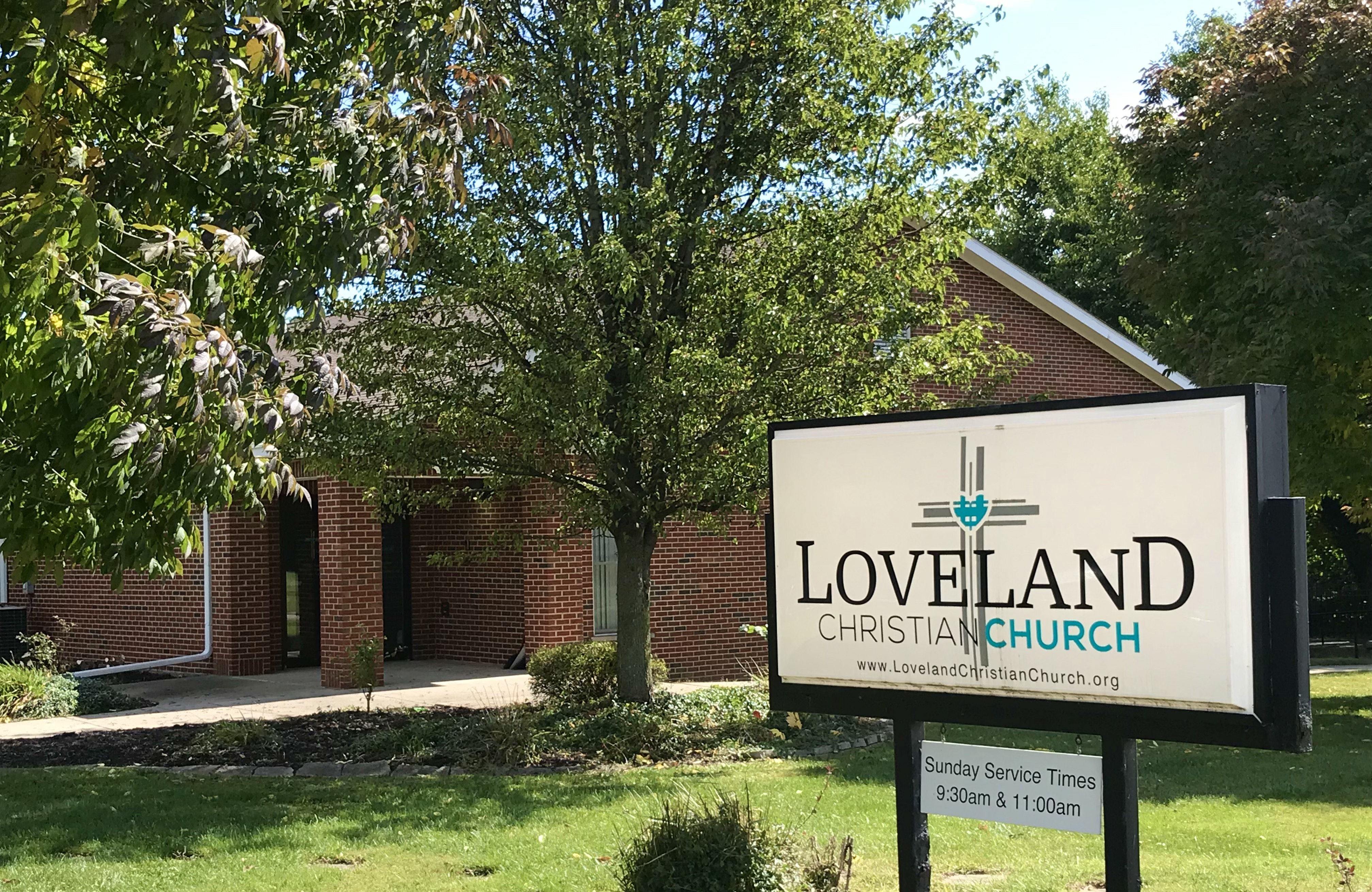 Loveland Christian Church building
